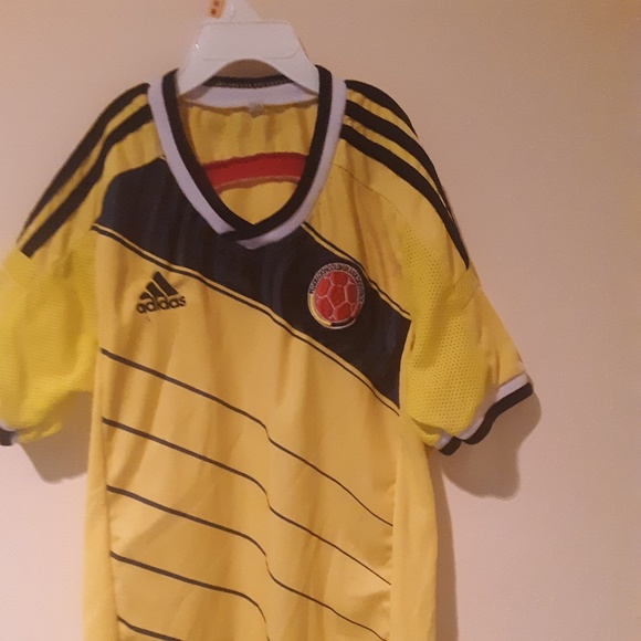 pretty nice 351be 646f6 Youth Colombian National Team Soccer Jersey
